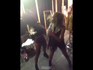 Backstage antics 🎤