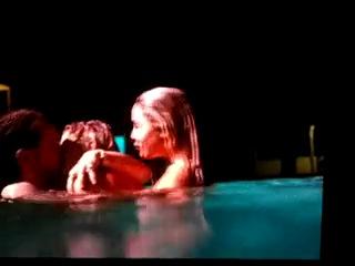Spring Breakers: Сцена в бассейне 18+