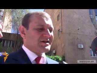 Мэр Еревана Тарон Маргарян не собирается никого отправлять в отставку 6 августа 2013 года