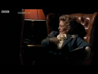 BBC News - Patricia Hodge on acting the Iron Lady