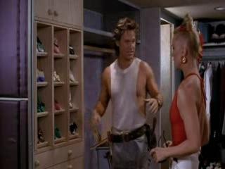 За бортом отрывок - про шкаф (1987)