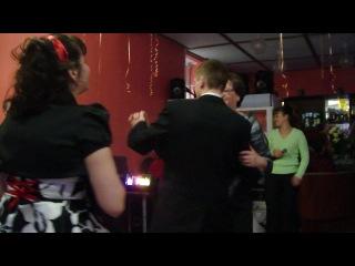 танец невесты со свёкром и жениха с мамой