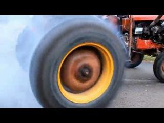 Гоночный трактор (жесть)