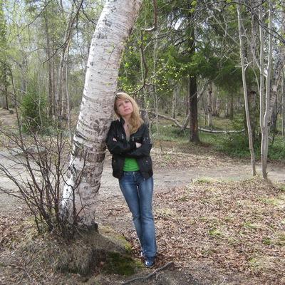 Яна Богутовская