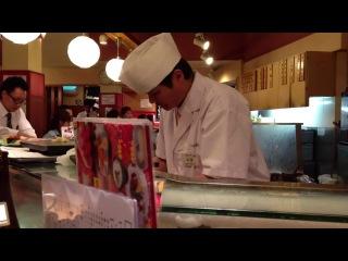 Как в Японии делают суши.