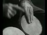 Ричард Фейнман играет на бонгах