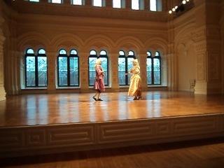 Выступление на балу в ГУМе, Мастерская исторического танца Entrée, Жига