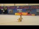 Юные гимнастки Катя мяч