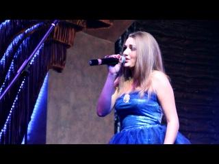 Самая лучшая певица в мире)моя любимая сестричка)))