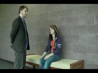 Гипноз девушки через пожатие руки.