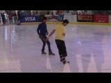 Вот так в Дубае катаются на коньках!