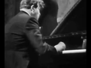 Чайковский - Концерт для фортепиано с оркестром №1 си-бемоль минор, op.23