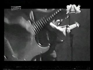 Черно-белый клип с участием М.Разумовского  и УРФИН-ДЖАЗА