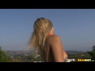 Bikini riot - jana jordan - orange peekaboo bikini strip