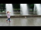 «КАКОЙ  ВОСТОРГ  ЭТИ  ФОНТАНЫ ! )))» под музыку ˙·٠•●♥ ♫ Ирина Круг и Виктор Королев ♫ ♥●•٠·˙ - Алая роза  . Picrolla
