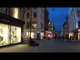 Норвежские будни. Вечерний музыкант на улице Карла-Йохана