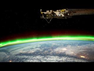 Одна из красивейших записей Земли из космоса. Каждый кадр видео - фотография, снятая на МКС. Смотреть в полноэкранном режиме.