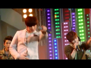 [FANCAM] 18.04.2013 BTOB - Wow @ 7see concert (Sungjae focus)