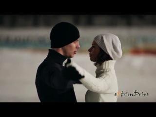 Танец машин и фигуристов на льду..шикарно..