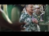 Робин Уильямс сыграл непутевого тренера в рекламе Сникерса - Montavideo