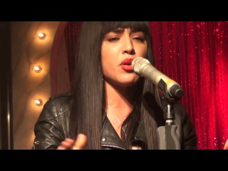LOREEN - My Heart is Refusing Me (Acoustic live performance @ Golden Hits)
