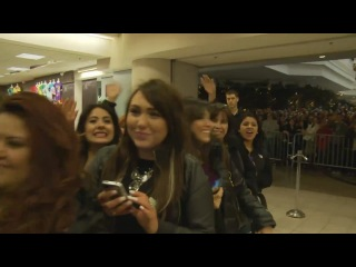 Behind the Scenes Kardashian In Store Appearance at Woodfield Sears on April 20 2012