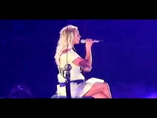 Britney Spears - Everytime (Live from Madison Square Garden)