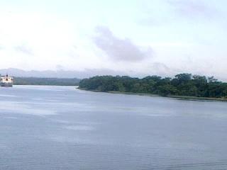порт на Амазонке -Трабатос 460 км по реке.