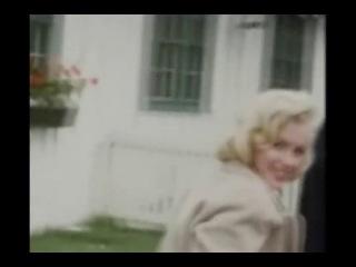Marilyn Monroe - Smile!