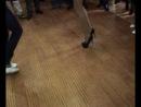 русская девушка на свадьбе танцует лезгинку. АХАХАХ