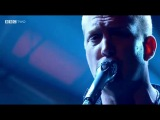Queens of The Stone Age - My God is The Sun (Live At Later... With Jools Holland)