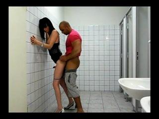 транс туалете порно-ив2