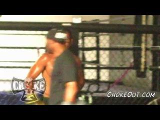 Андерсон Сильва тренирует Биг Нога в зале Black House