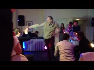 Не Кавказская Лезгинка Не типичная))))) на свадьбах всегда обычно аналогичная
