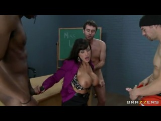 142503_blistering-lisa-ann-slurps-on-these-tasty-skin-flutes.mp4