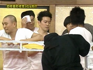 Gaki no Tsukai #832 (2006.11.19) — Gaki vs Tenso 2 (Part 2)