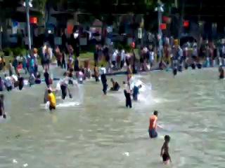 Вардавар Карапи лич (Лебединое озеро) 2013-07-07 Ереван РА (2)