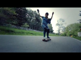 Longboard Girls Crew - Carving The Mountains