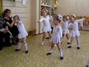 Танец маленьких снежинок к новогоднему утреннику