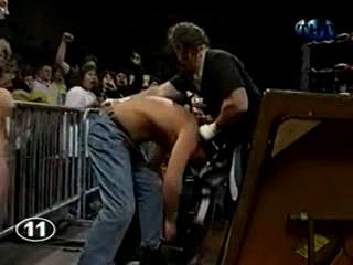WCW NITRO 07.02.2000 - Титаны Рестлинга на канале ТНТ / Николай Фоменко