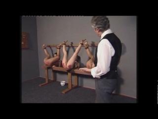 3 girls 1 paddle (порка spanking)