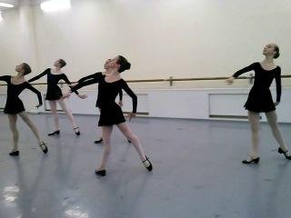 Экзамен по народно-характерному танцу. 5 класс, полугодие. Середина (Испанский).