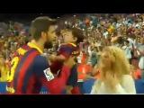 14/09/13 – Шакира с Миланом на «Камп Ноу»