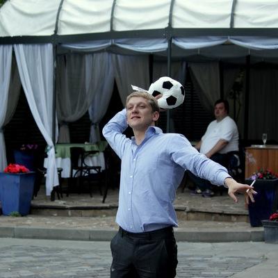 Миша Поленов