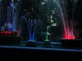 цветной фонтан у Драмтеатра