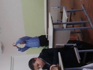 Что мы делаем на уроке английского,когда нет учителя (1 группа,1 часть)