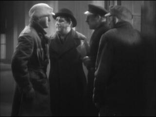 El delator - John Ford 1935 (8/10) 4 Oscars: Mejor director, actor (Victor McLaglen), guión, música. 6 nominaciones