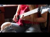 Девушка нереально круто играет на гитаре