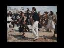 """Из кф """"Человек-амфибия"""" - Танец на празднике"""