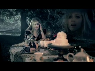 Avril Lavin- Alice